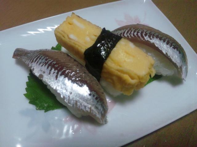 ママカリの握り寿司120805